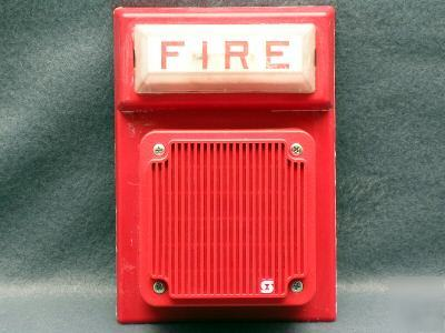 Simplex model #4903-9101 fire alarm w/stobe
