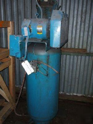 7 5 Hp Quincy Vertical Air Compressor 23998