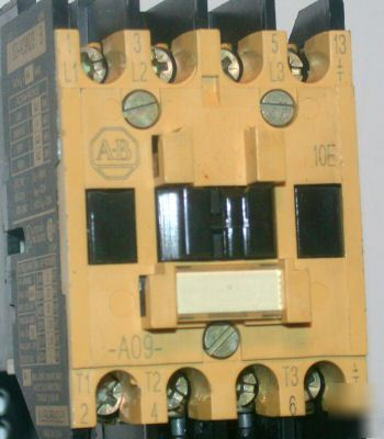 Nice allen bradley contactor & relay model#100-A09ND3 b